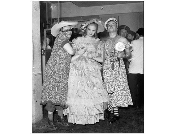 Saint-Germain nights - The photo was made in Paris, in 1949.